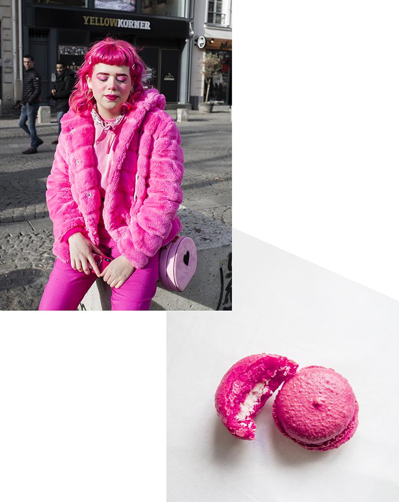 total pink look girl Paris with macarons