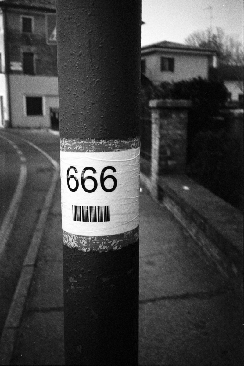 666 pole
