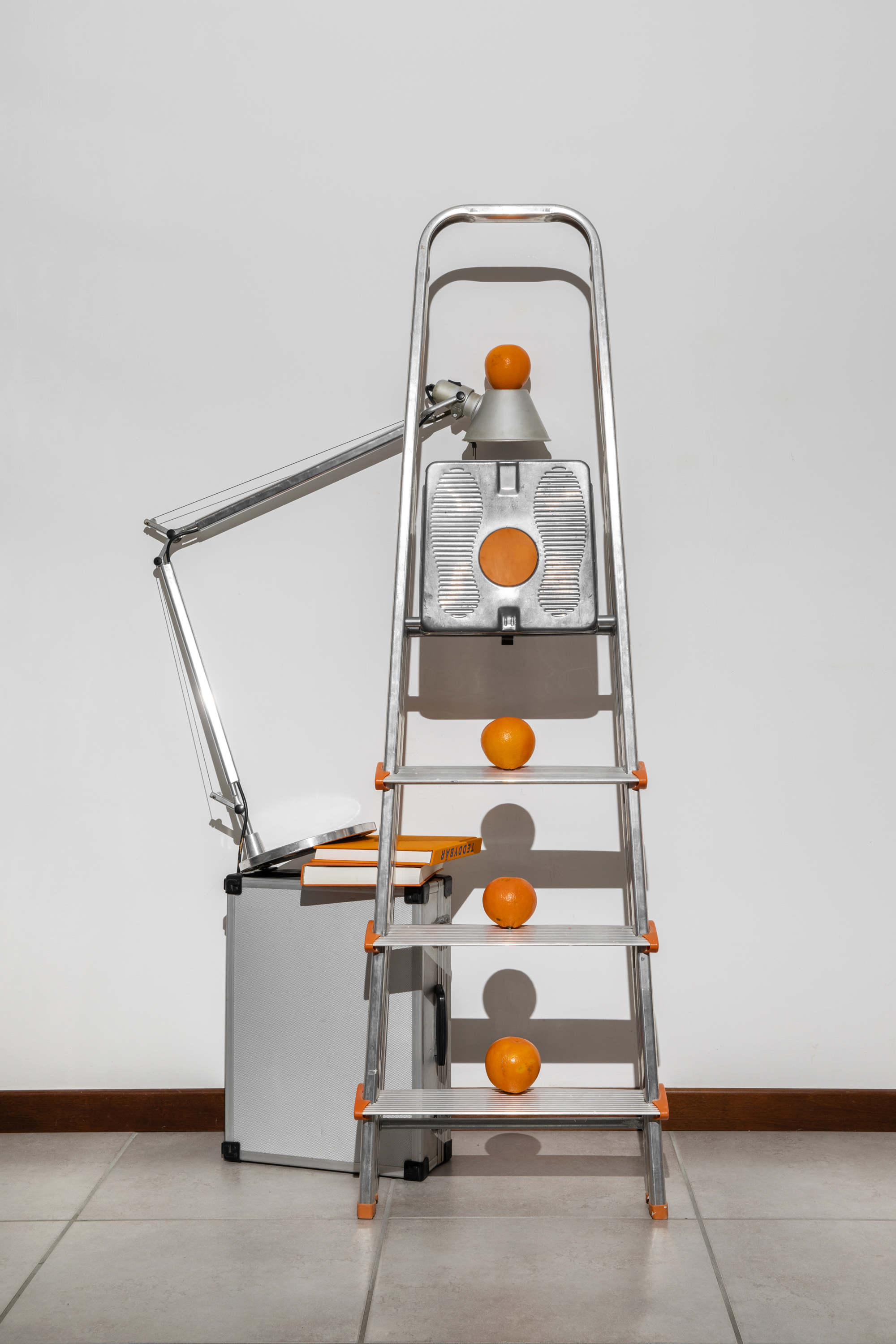 oranges lamp stepladder